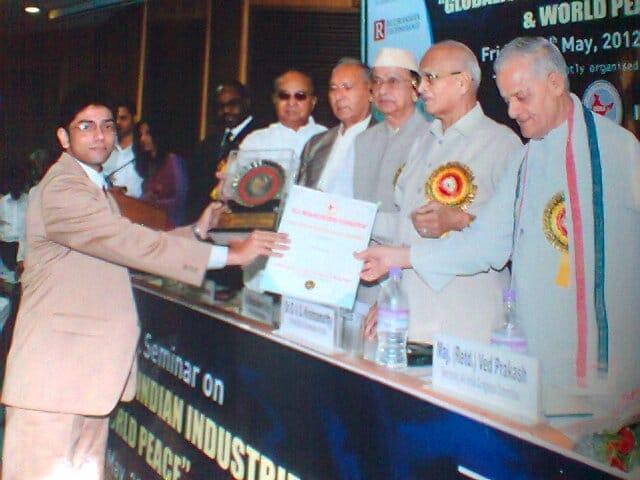 india-leadership-award-for-industrial-development-debajyoti-banerjee_seven-boats-info-system