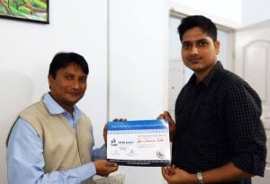 Student getting Digital Marketing Certificate